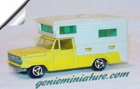 majorette_camping_car.jpg